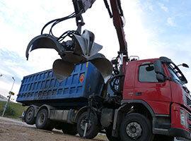 Cómo evitar riesgos en el transporte de residuos
